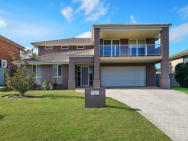 27 Camberwarra Drive, Belmont North, NSW 2280