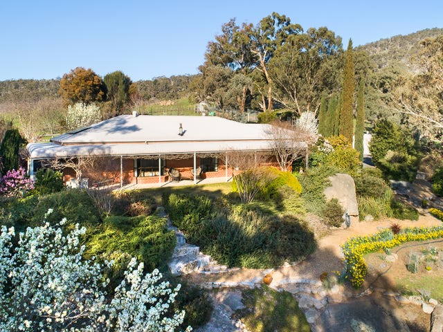 138 Coopers Road, Harcourt North, Vic 3453