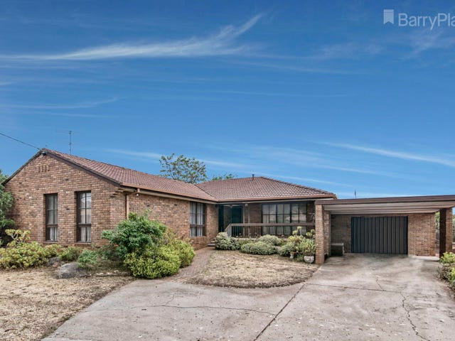 25 Powells Avenue, Strathdale, Vic 3550