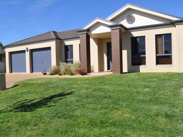 15 Newton Circuit, Thurgoona, NSW 2640