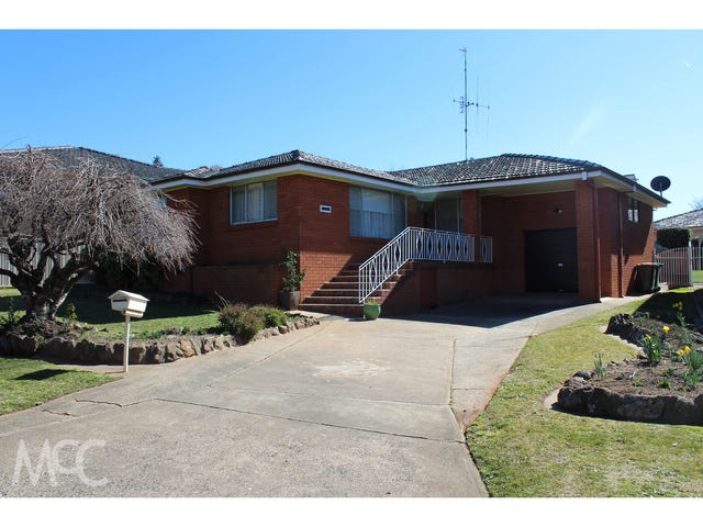 9 Karimi Way, Orange, NSW 2800