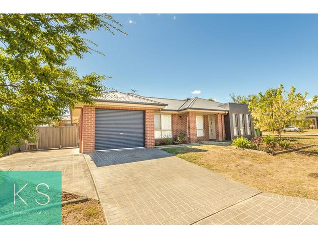90 Royce Crescent, Lavington, NSW 2641