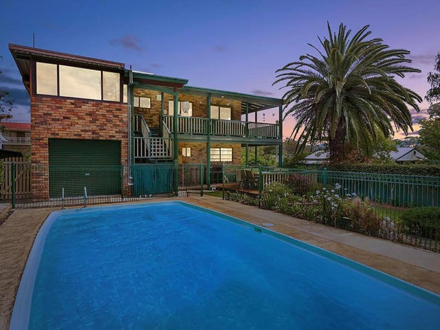 2 Eighth Avenue, Toukley, NSW 2263
