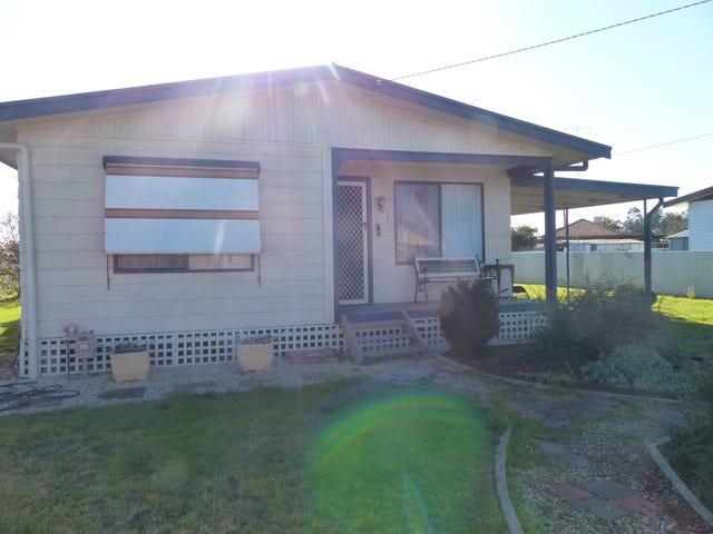 10 Elizabeth Street, Culcairn, NSW 2660