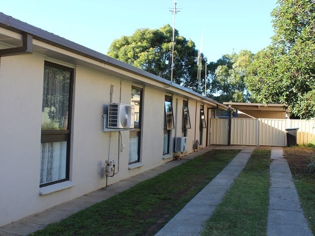 2/79 Lockwood Road, Kangaroo Flat, Vic 3555