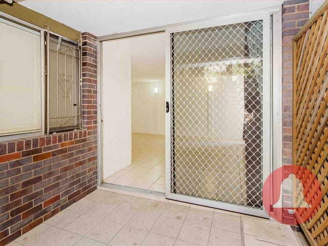 3/124 Sir Fred Schonell Drive, St Lucia, Qld 4067