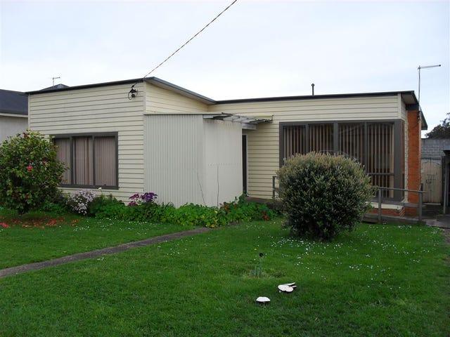 66 North Fenton, Devonport, Tas 7310