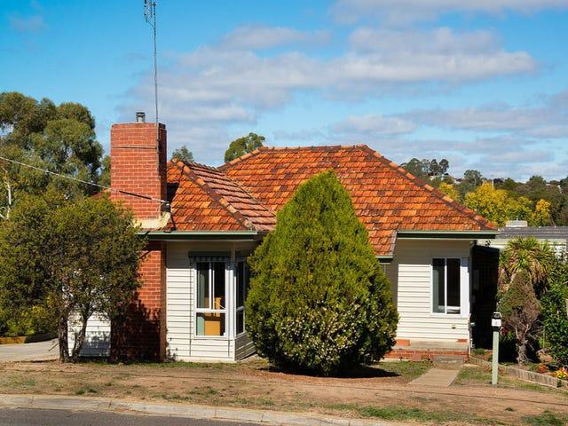 6 Douglas Crescent, Castlemaine, Vic 3450