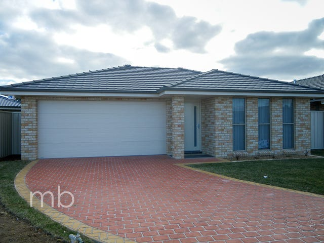 11 Onyx Place, Orange, NSW 2800