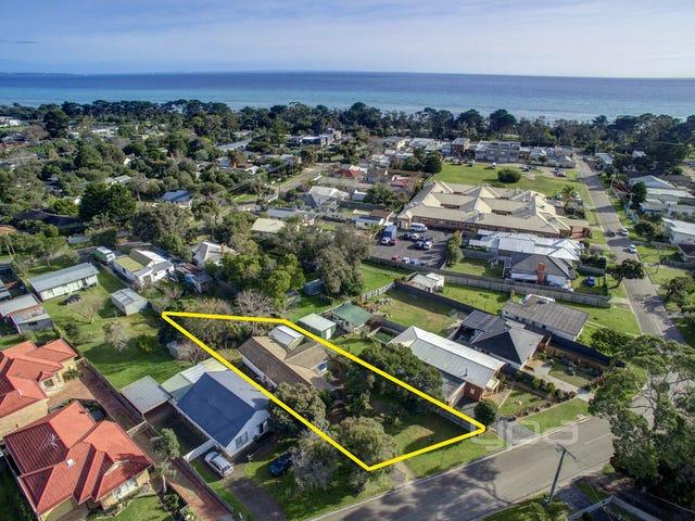 28 Capel Avenue, Capel Sound, Vic 3940