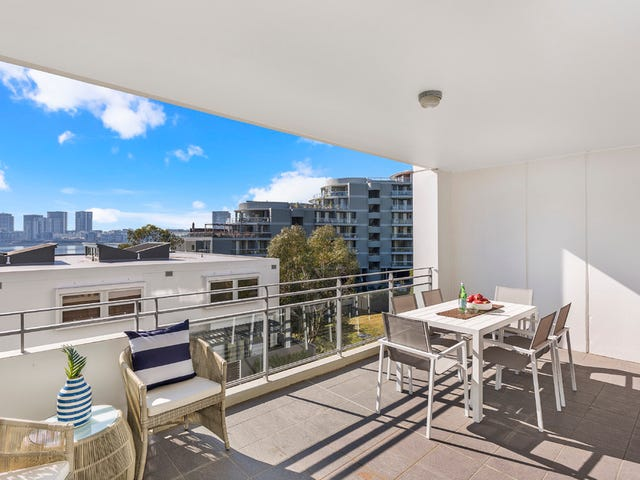 426/25 Bennelong Parkway, Wentworth Point, NSW 2127