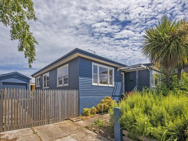 26 Malunna Crescent, Parklands, Tas 7320