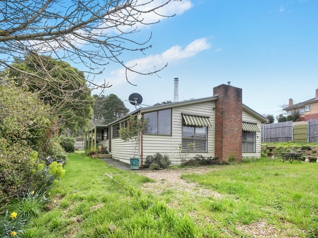 16 Perrins Street, Daylesford, Vic 3460