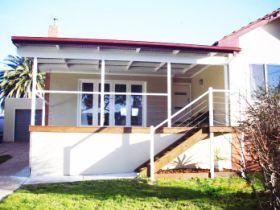 913 Padman Drive, West Albury, NSW 2640