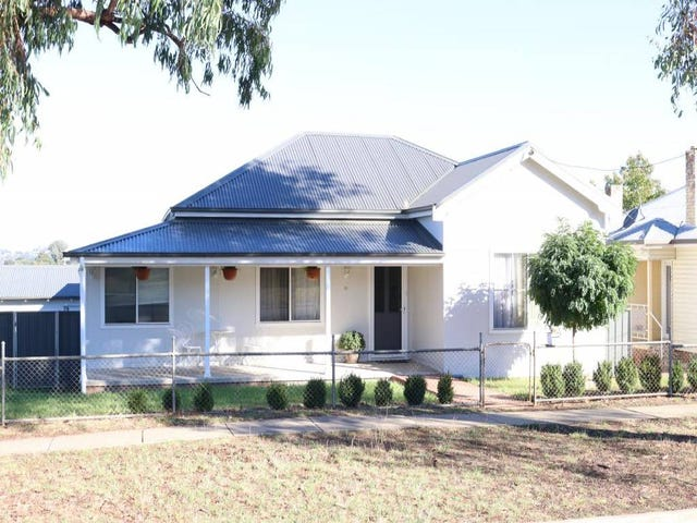 11 Main Street, Young, NSW 2594