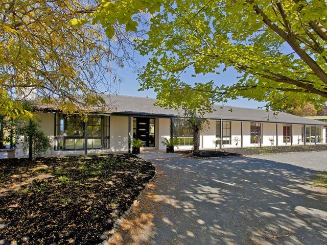 1229 Table Top Road, Table Top, NSW 2640