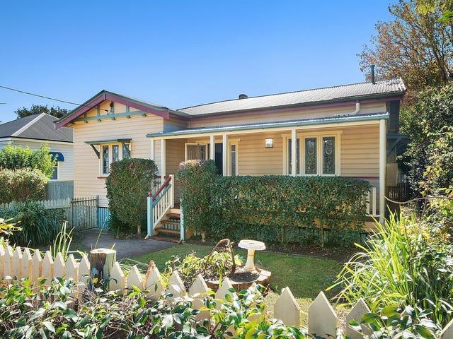 17 Dunmore Street, East Toowoomba, Qld 4350