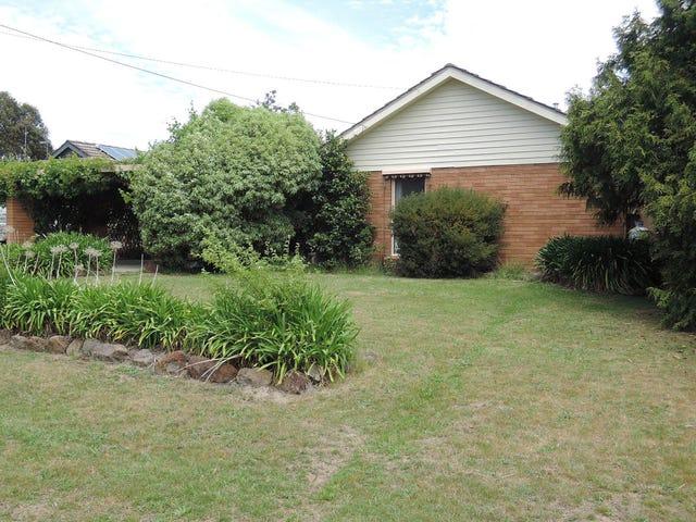 10 Railton Court, Gisborne, Vic 3437