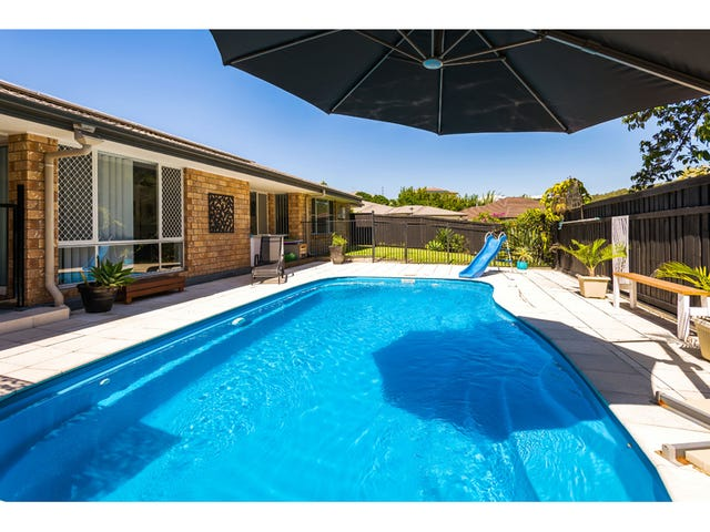 4 Barcoo St, Pacific Pines, Qld 4211