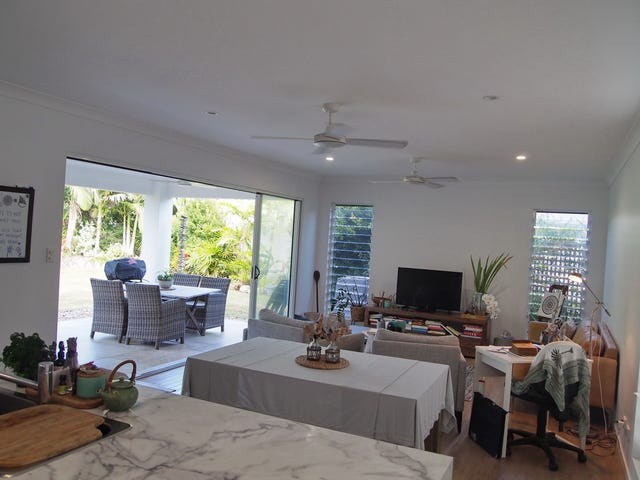 1/24 Southward Street, Mission Beach, Qld 4852