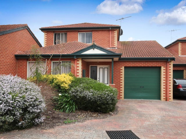 2/24 Barrymore Road, Greenvale, Vic 3059
