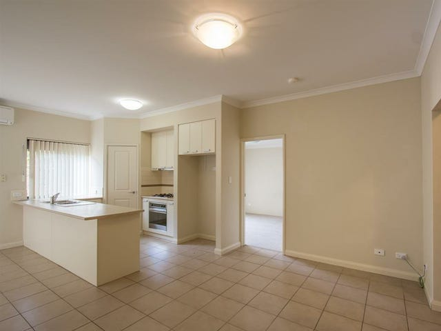 2/15 Coogee Road, Munster, WA 6166
