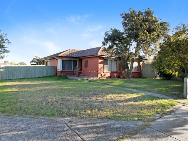 15 Windermere Crescent, Gladstone Park, Vic 3043