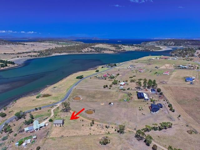 10 McGinness Road, Carlton River, Tas 7173