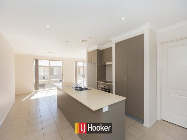 87A Anthony Rolfe Avenue, Gungahlin, ACT 2912