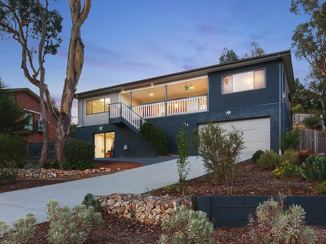 14 Lochiel Street, Queanbeyan, NSW 2620