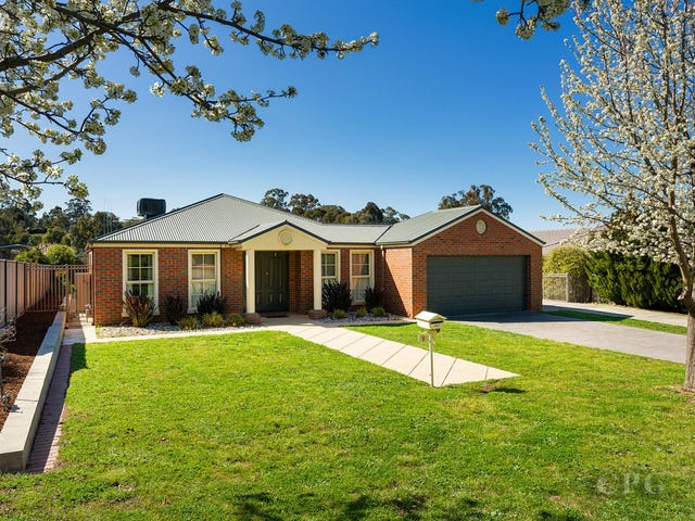 9 Lawrence Park Drive, Castlemaine, Vic 3450
