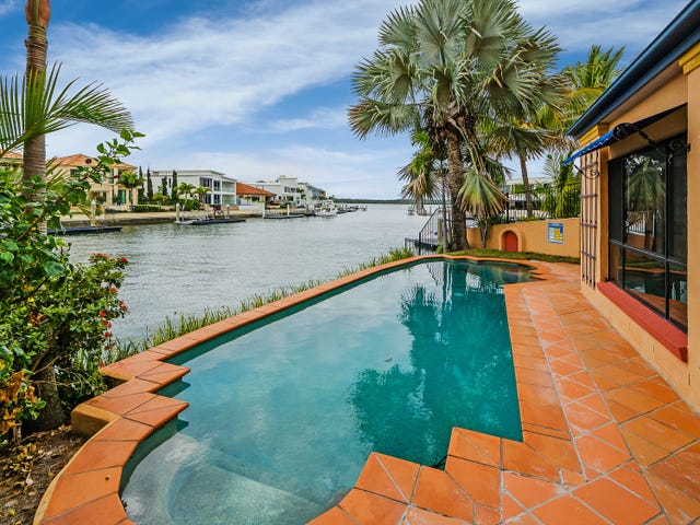 5 The Peninsula, Sovereign Islands, Qld 4216