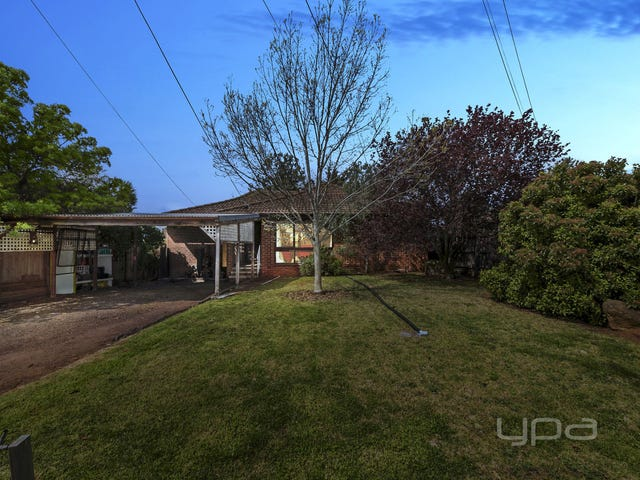 9 Exell Avenue, Melton South, Vic 3338