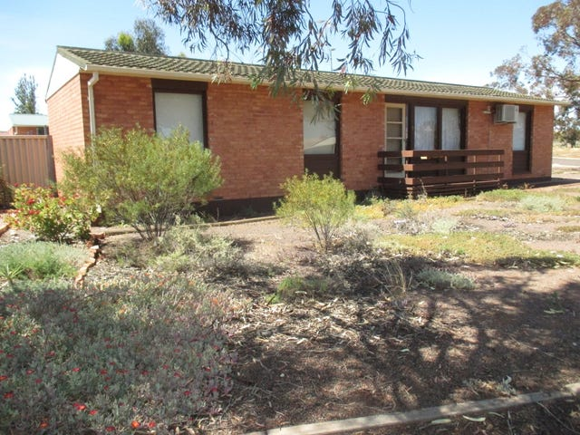 2/2 Charles Avenue, Whyalla Norrie, SA 5608