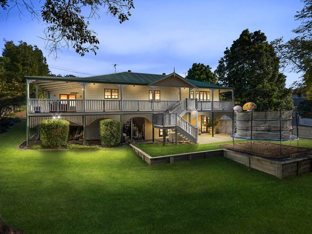1 Verwood Court, Ferny Hills, Qld 4055