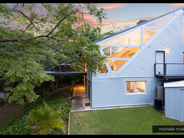 67 Chapel Hill Road, Chapel Hill, Qld 4069