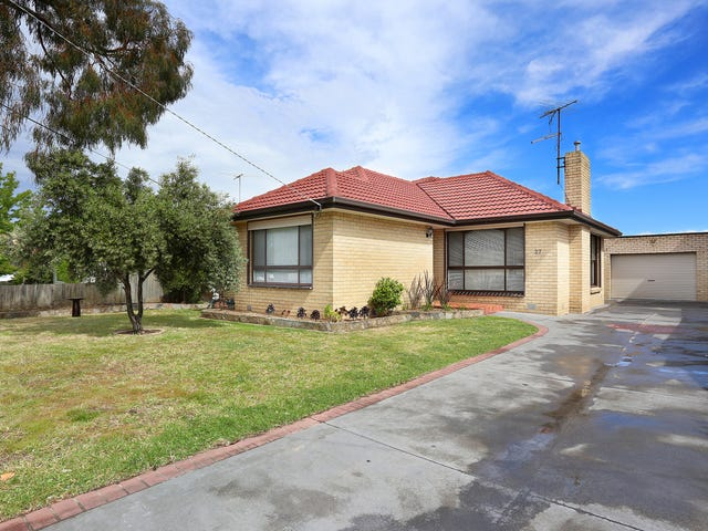 27 Middle Street, Hadfield, Vic 3046