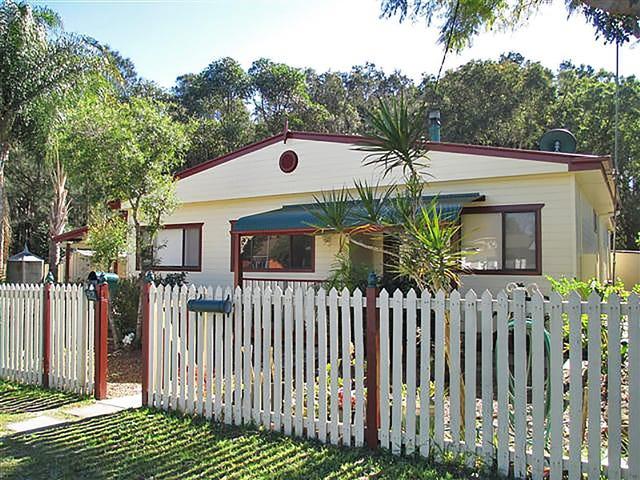 52 Boronia Avenue, Woy Woy, NSW 2256