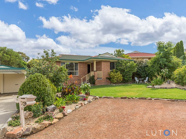 16 Menzies Court, Banks, ACT 2906