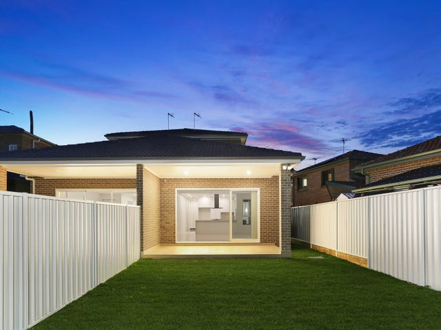 17A Henry Lawson Drive, Peakhurst, NSW 2210