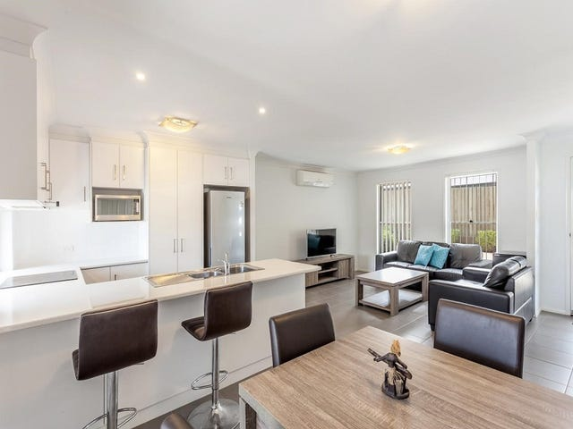 2/23 Furness Court, Kearneys Spring, Qld 4350