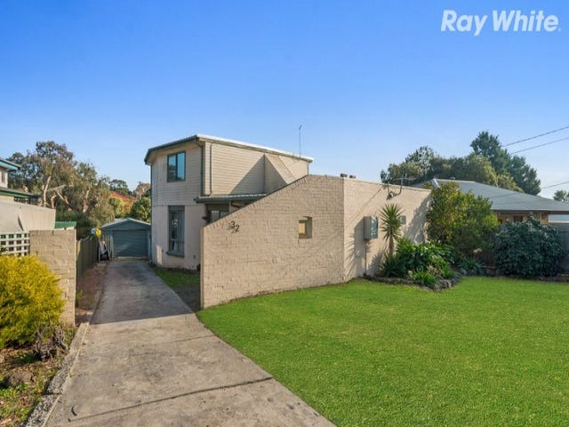 32 Loretto Avenue, Ferntree Gully, Vic 3156