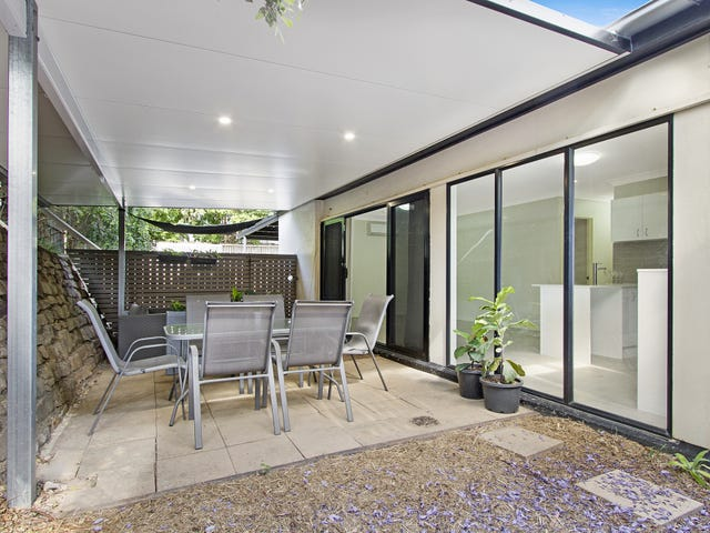 1/109 Sir Fred Schonell Drive, St Lucia, Qld 4067