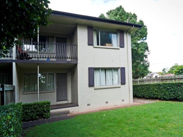 1/110a James Street, South Toowoomba, Qld 4350