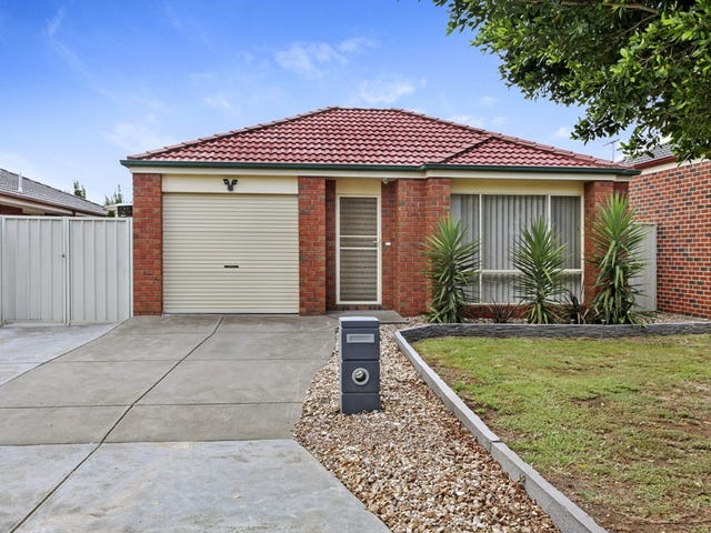 3 Moreton Close, Caroline Springs, Vic 3023