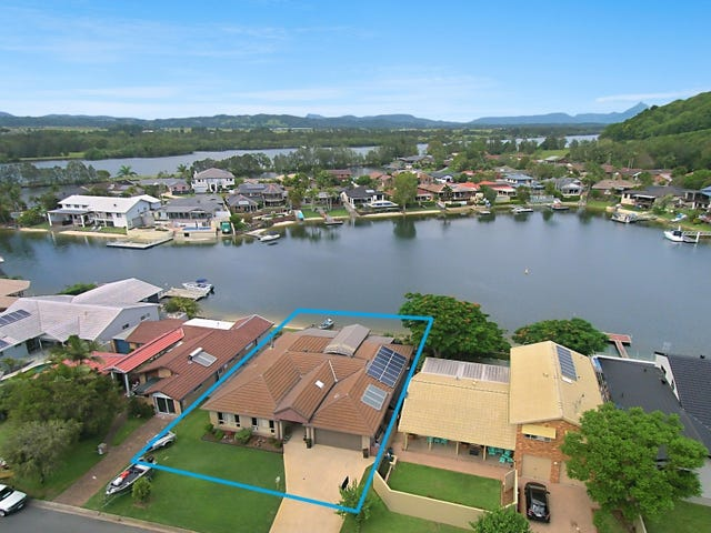 8 Captains Way, Banora Point, NSW 2486
