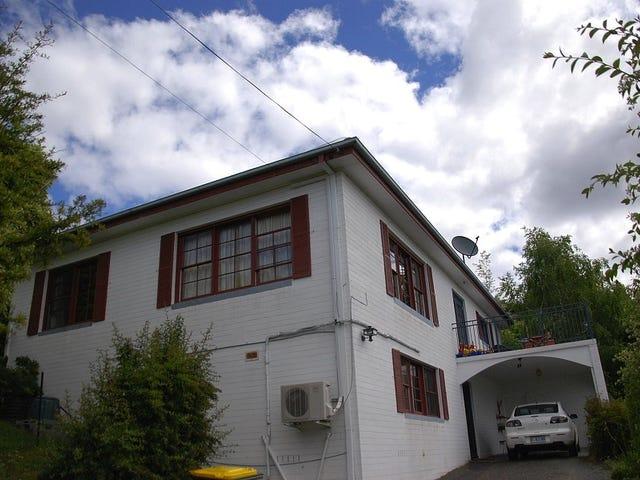 13 Wandeet Place, Sandy Bay, Tas 7005