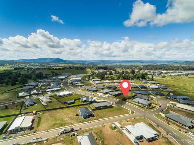 23 Holmfield Drive, Armidale, NSW 2350