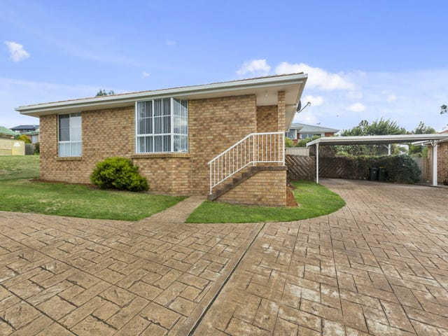 1/114 Willowbend Road, Kingston, Tas 7050