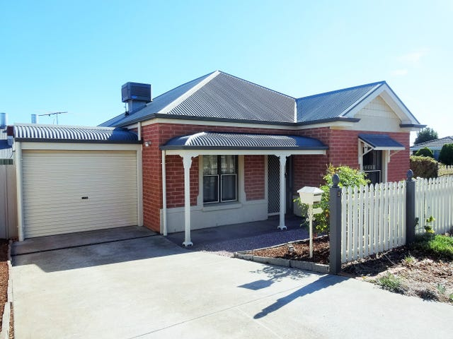1 Glenmore Close, Greenwith, SA 5125